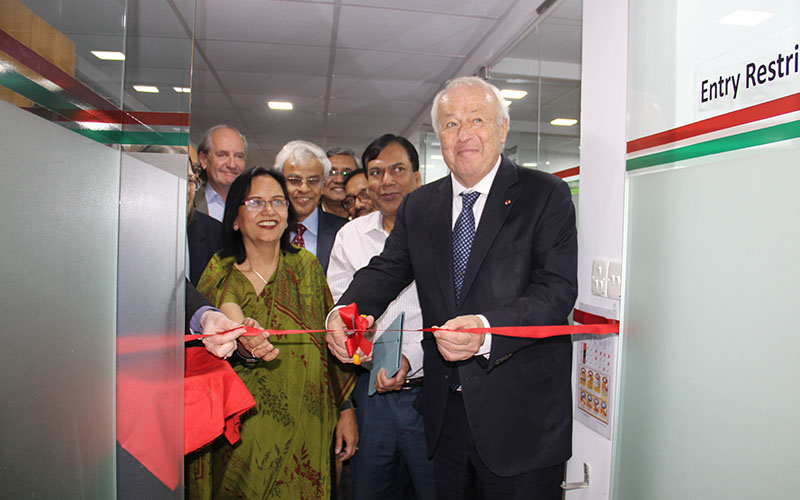 Mérieux Foundation delegation visits partners and programs in Bangladesh
